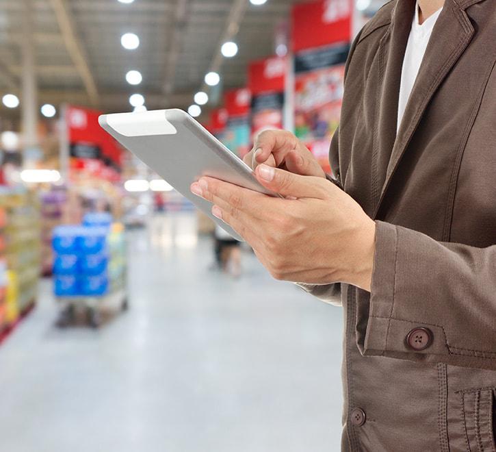 日用品メーカー 受注、出荷・倉庫管理、実店舗管理システム